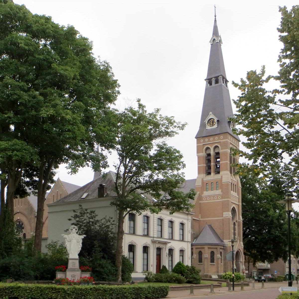 Riel - Sint Antonius Abt kerk